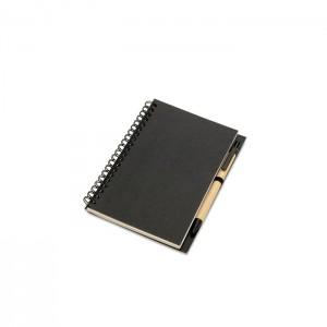 Jegyzetfüzet és toll